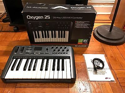 Oxygen 25 USB MIDI Controller Keyboard - Excellent Condition