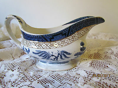 Vintage English Booths Silicone China 'Real Old Willow' gravy boat