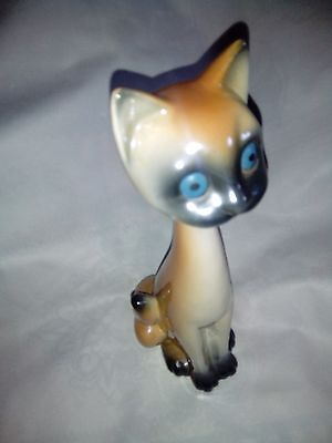 Vintage 1960`s Ceramic Siamese Cat, Ginger/brown with white and grey. Blue eyes.
