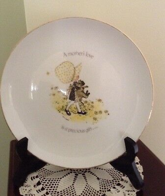 """Vintage Holly Hobbie Display Plate """"A mother's love is a precious gift"""""""