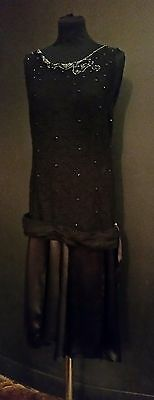 Exquisite vintage beaded 1920s dress. lace & silk with beading.Great condition.