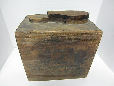 Vintage/Antiques New York City Streets Wooden Shoe Shine Box w/ accessories