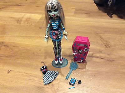 Monster High Frankie Stein Home 2011 Ick Classroom