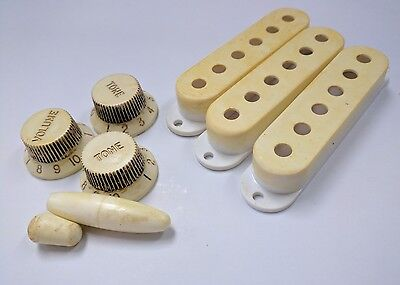 Stratocaster Strat Pickup Covers +Knobs Aged White Relic