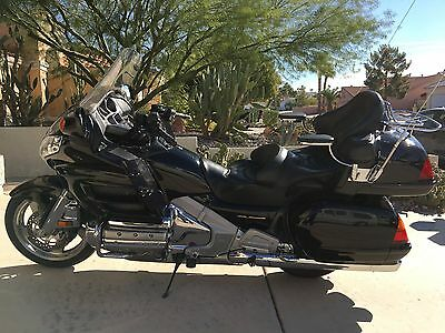 2002 Honda Gold Wing  2002 Gold Wing Motorcycle.  Very clean, good condition.