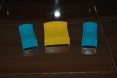 Vintage Toys Fisher Price Little People 3 Bed  For Neightborhood #2551