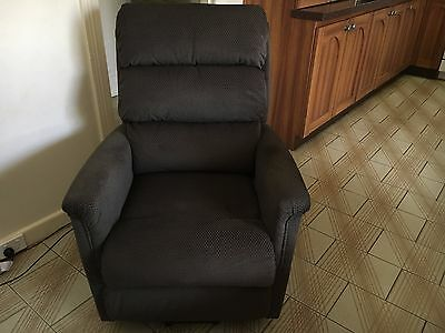 Electric lift chair recliner LazyBoy