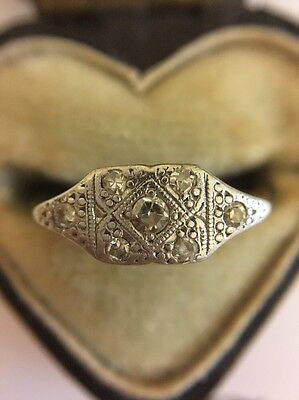 Art Deco Antique Platinum 18ct Yellow Gold Diamond Ring Unusual Pretty Setting