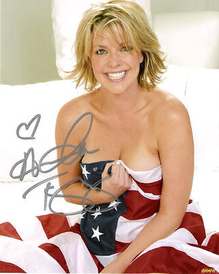 Amanda Tapping Signed Photo Approx 8X 10 Copy (1)