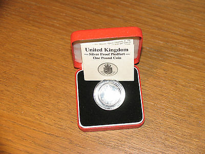 Royal Mint United Kingdom Silver Proof One Pound Piedfort Coin COE In Case 1988