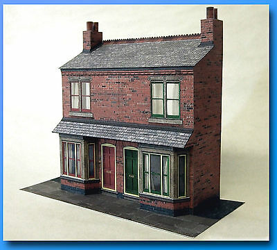 7mm Scale Victorian Bay Front Terrace Card Model Kit, Ideal For O Gauge Trains