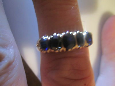 ANTIQUE VINTAGE victorian  18 ct gold old cut sapphire 5 stone ring  5.1 grams.