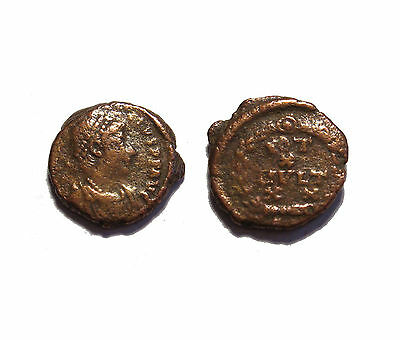 Roman Imperial coin unattributed higher grade detailed you get coin shown #32