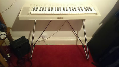 Yamaha PS-20 Automatic Bass Chord System Vintage Keyboard 80s + Stand and case