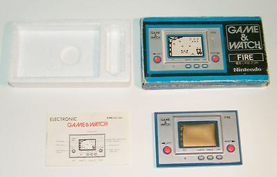 NINTENDO GAME & WATCH - FIRE - Silver Series 1980 - RC 04 - BOXED -