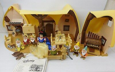 Disney Snow White And The Seven Dwarfs Cottage House Playset With Figures