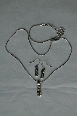 Costume Jewellery Silver-coloured/Diamante Necklace and Earrings Set Unused