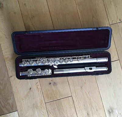 Yamaha 211 Flute With Hard Case And Leather Carry Bag