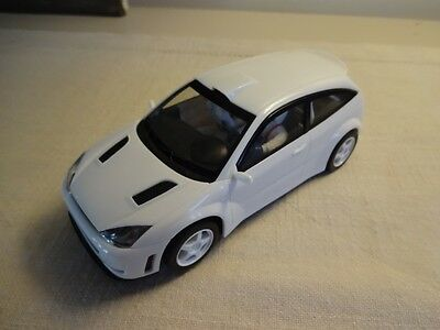 Rare Plain White Scalextric Ford Focus Rally Slot Car 1/32 - EXCELLENT & LIGHTS