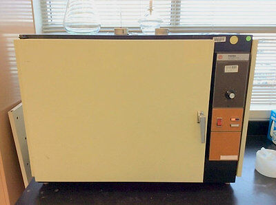 Fisher Series 300 Isotemp Oven Model 338F