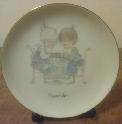 "Precious Moments NOVEMBER 6.25"" Month Plate with Stand  Pre'owned"