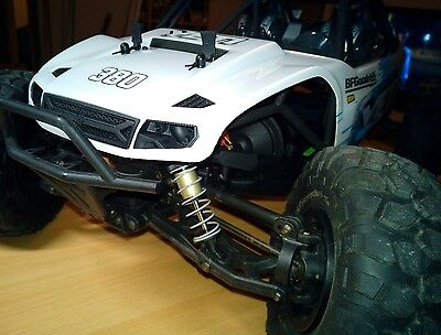RC 1/10 AXIAL YETI 4WD RTR brushless. radio ttx 300 3 channels
