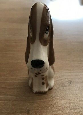 Szeiler England - Small Sitting Dog ��