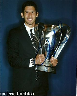Los Angeles Galaxy Omar Gonzalez Autographed Signed 8x10 Photo COA
