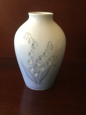 B&G Copenhagen Vase with bell flowers -17.5cm