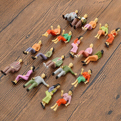 20 Pcs Mini Models 1:25 Scale Painted People Figures Seated Train Passengers