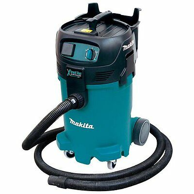 Makita VC4710 12 Gallon Wet/Dry Xtract Vacuum
