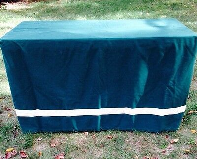 8' ft LONG EVENT  FITTED TABLECLOTH GREEN/IVORY USED