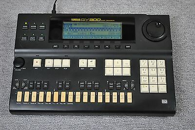 YAMAHA QY300 MUSIC SEQUENCER MIDI Sound Module DRUM MACHINE Synthesizer