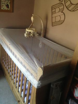 2 Nets:1X Clippasafe Cot Bed Insect Net 1 X Clippasafe Moses Basket. Cat Safety