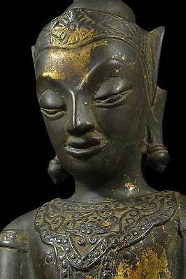 Antiques Gilt Bronze Buddha Phra Chai Dynasty Ayuttaya 17th.C Thai Amulets Rare