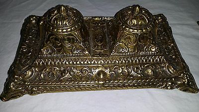 Nice Heavy Large Ornate Vintage / Antique Finely Cast Brass Double Inkwell Stand
