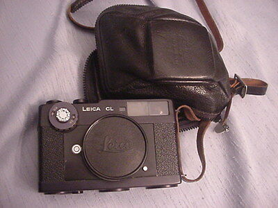 Leica Leitz CL 35 mm Film Rangefinder Camera - Body only - w. Leather Case