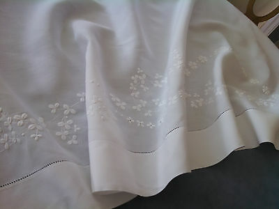 Antique Vintage Linen Sheet Cuff / Fine Embroidery / Pristine