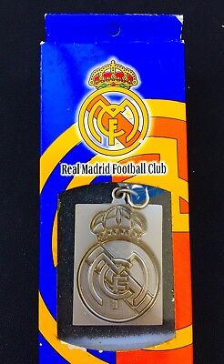 REAL MADRID FC key chain / Great logo key ring for supporter. Simply the best.