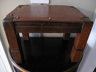 ANTIQUE ARTS & CRAFTS MISSION OAK FOOT STOOL Stickley Era Leather Top