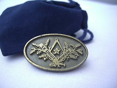 Masonic International Co Freemasonry Le Droit Humain Lapel Pin Plus Gift Pouch