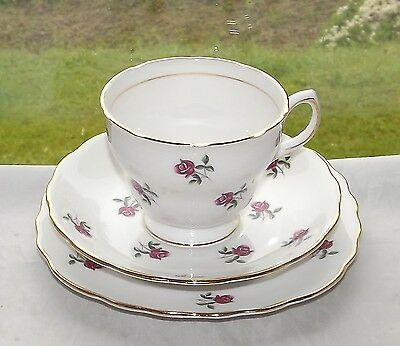 Colclough Bone China Fragrance Pattern 7433 Pink Roses Trio Cup Saucer Plate
