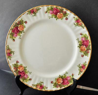 "1962 ROYAL ALBERT Bone China England OLD COUNTRY ROSES 10 1/2"" Dinner Plate"