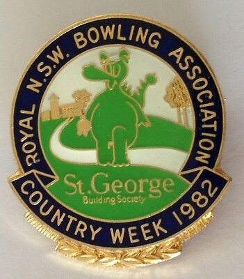 St George Dragon 1982 Country Week Bowling Club Badge Rare Vintage (M4)