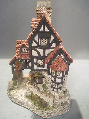 19.99 Squires Hall David Winter Cottages