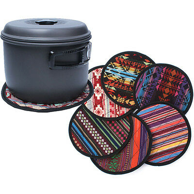 1X Random Color Ethnic Round Heat Resistant Pot Holder Non-Slip Mat Eyeable Nice