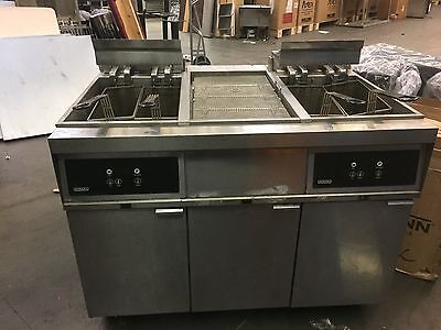 Hobart 4 Basket Electric Fryer with Fry Dump and Filtration System