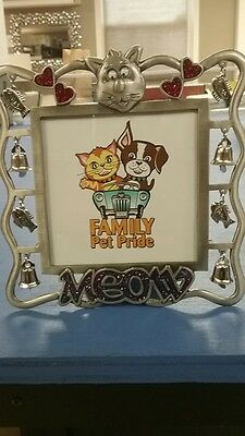 cat picture frame metal 6 x 6 standing with cat fish bells