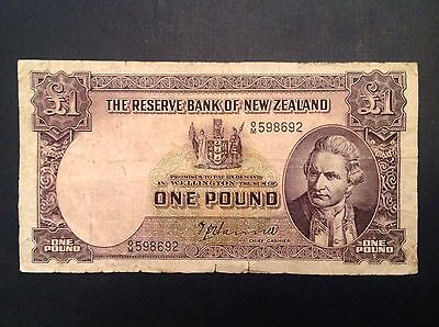 New Zealand One 1 Pound 1940-55 - Hanna