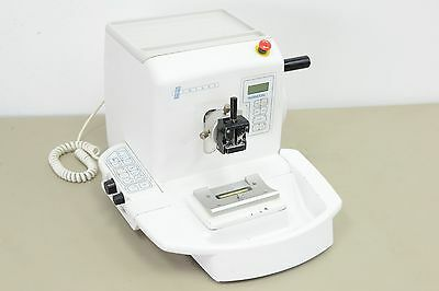 Thermo Shandon Finesse ME Microtome  (10720,21)
